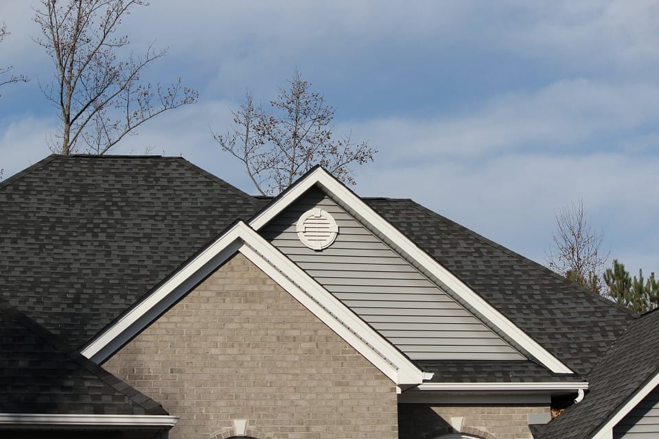Shingles roofing services Omaha